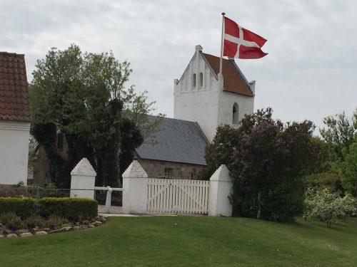 kirke hvide sande